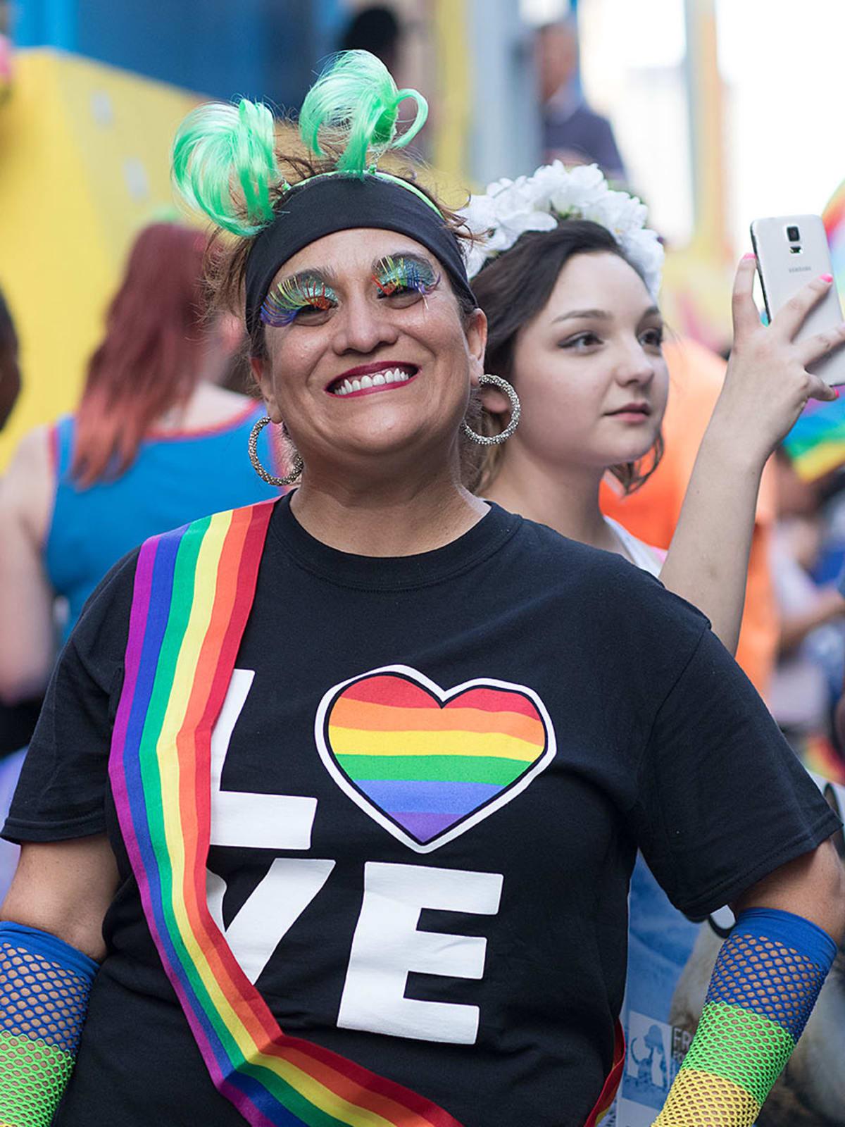Houston Pride 2015 rainbow outfit