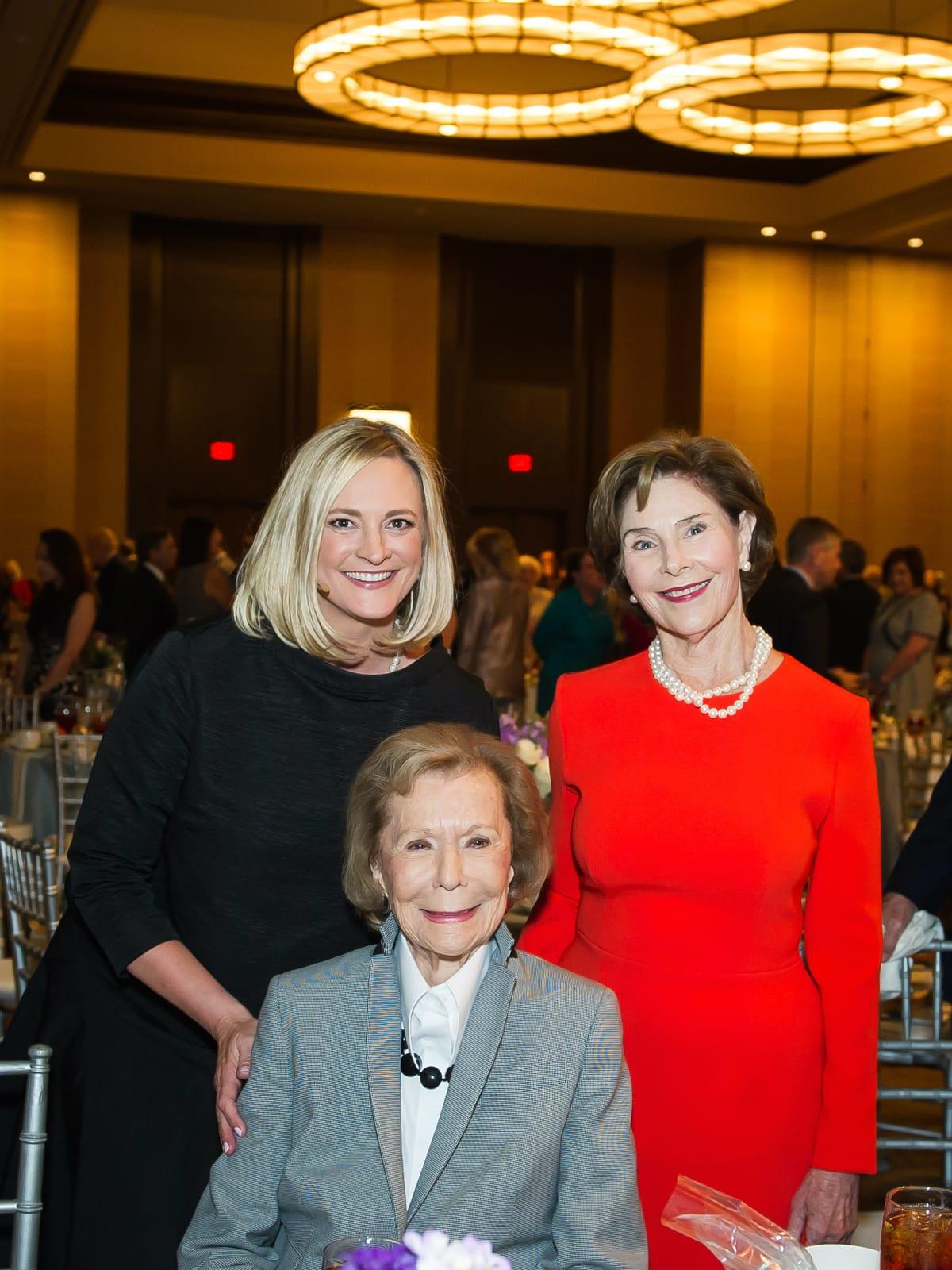Jennifer Sampson, Ruth Sharp Altshuler, Laura Bush