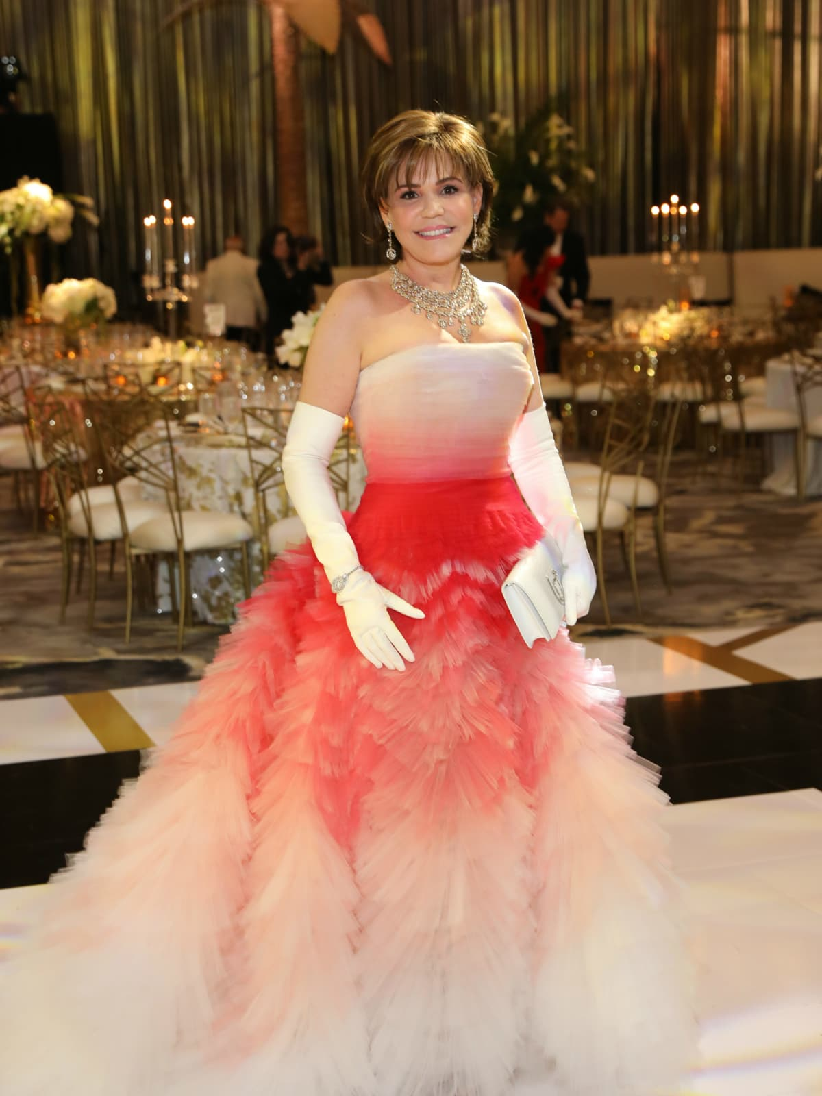 Houston society set in glamorous gowns steal the show at Opera Ball ...