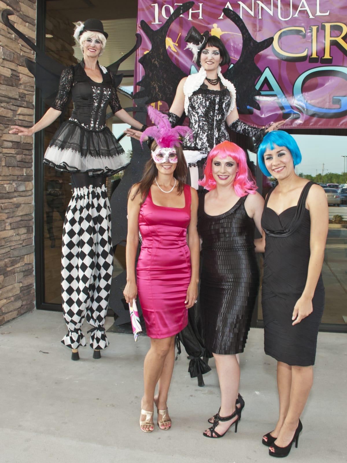 News_001_Cirque Magnifique_Cindy Garza Farmer_Amy Pavlik_Gabi De la Rosa.jpg