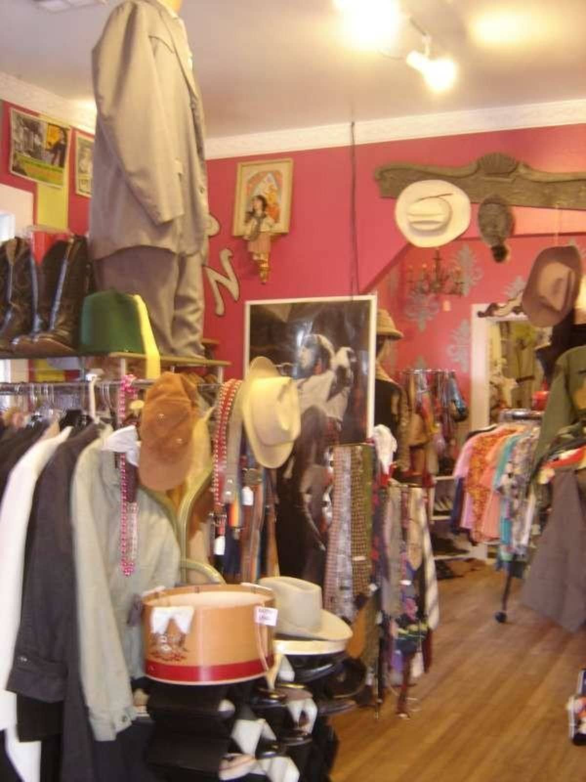 Austin Photo: Places_shopping_flashback_vintage_interior