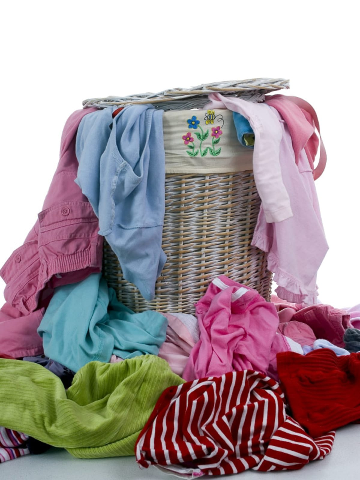 News_Caroline_laundry basket_laundry_clothes