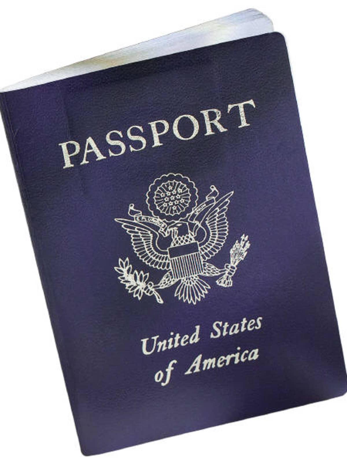 News_U.S._passport_open