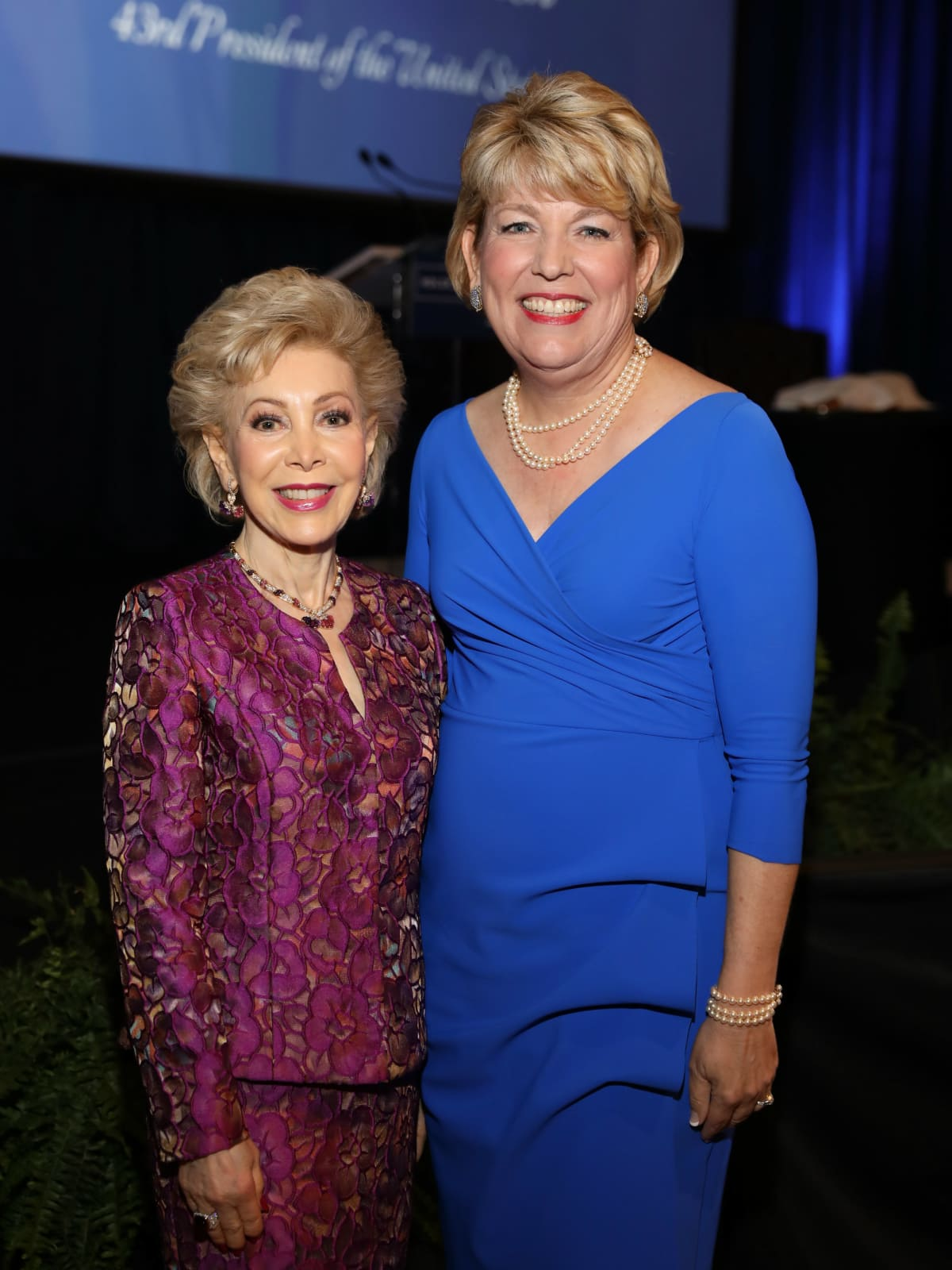 Holocaust Museum LBJ award Margaret Alkek Williams, Dr. Kelly J. Zúñiga, CEO of Holocaust Museum Houston