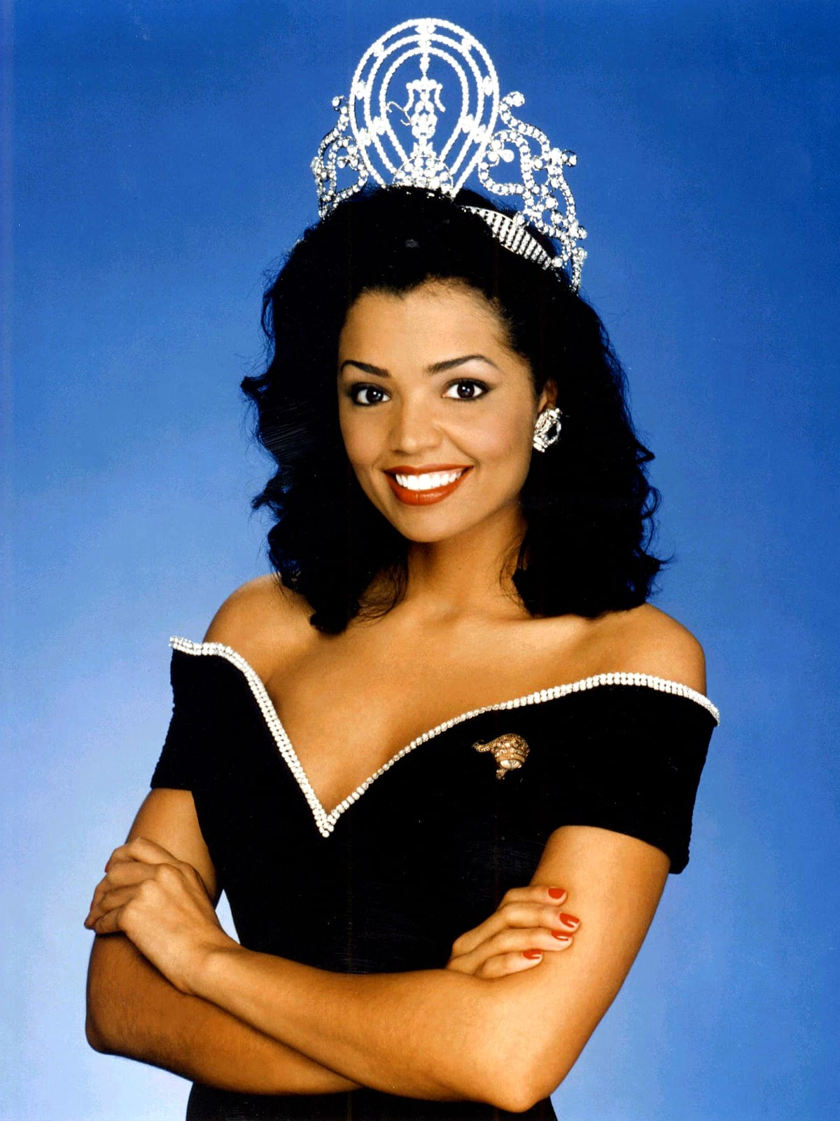 Chelsi Smith crown