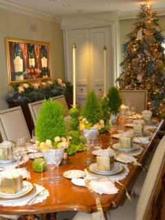 Kappa Kappa Gamma Charitable Foundation presents Holiday Pilgrimage 2016 Home Tour