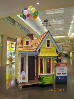 Dallas CASA Parade of Playhouses
