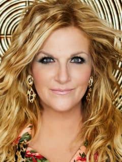 headshot of country music star Trisha Yearwood