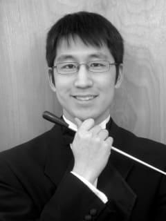 Maestro Eiki Isomura