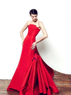 Gustavo Cadile red dress