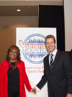 "Volunteer Houston hosts ""Greater Houston Service Awards"""