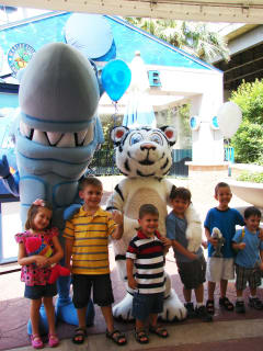 The Downtown Aquarium presents Shark Weekend