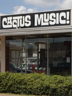Places-Shopping-Cactus Music