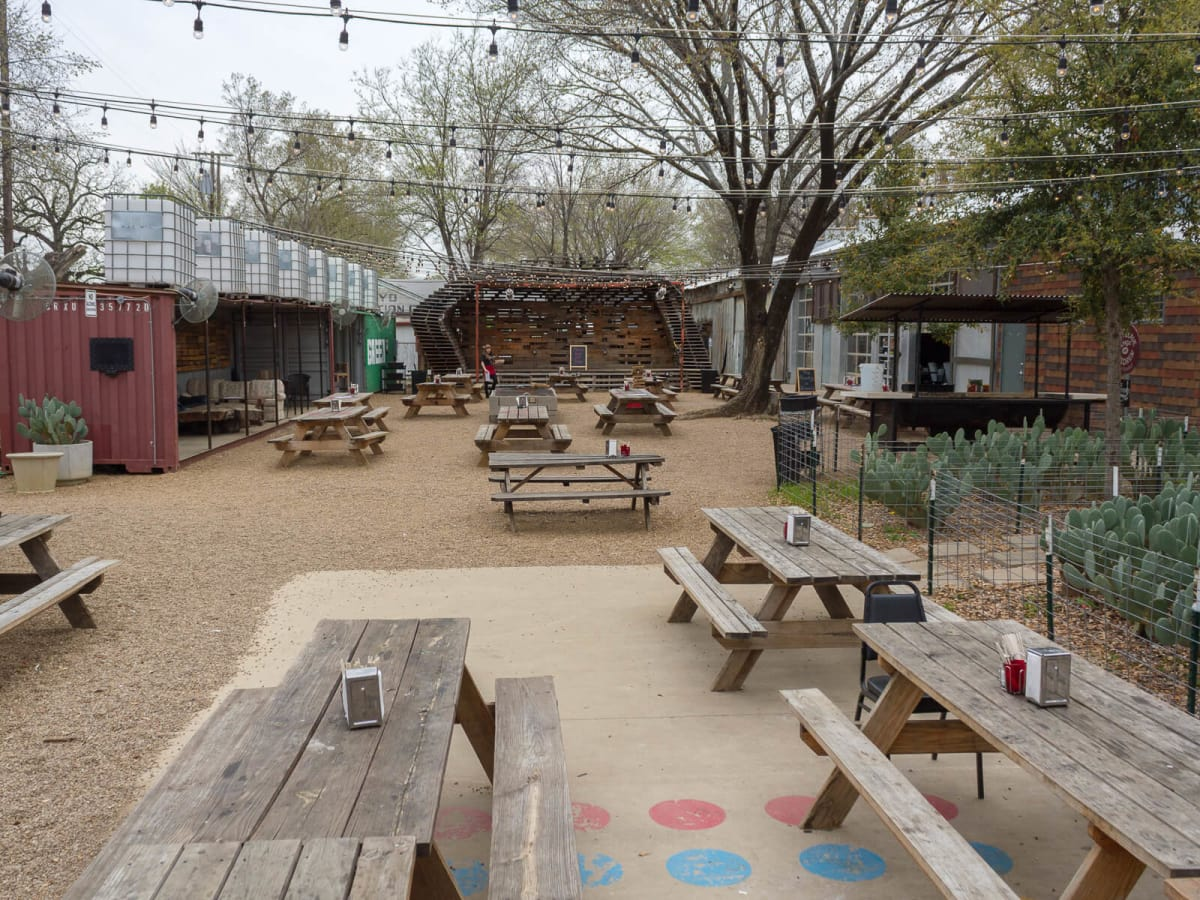 Patio at The Foundry in Dallas