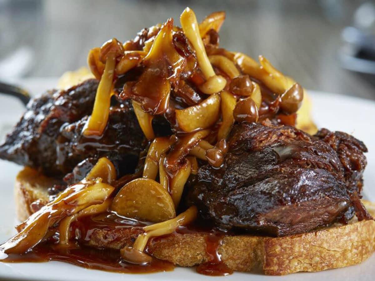 Beef cheek sandwich at Knife in Dallas