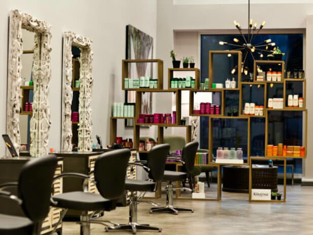 Chad Rookstool Salon in Victory Park