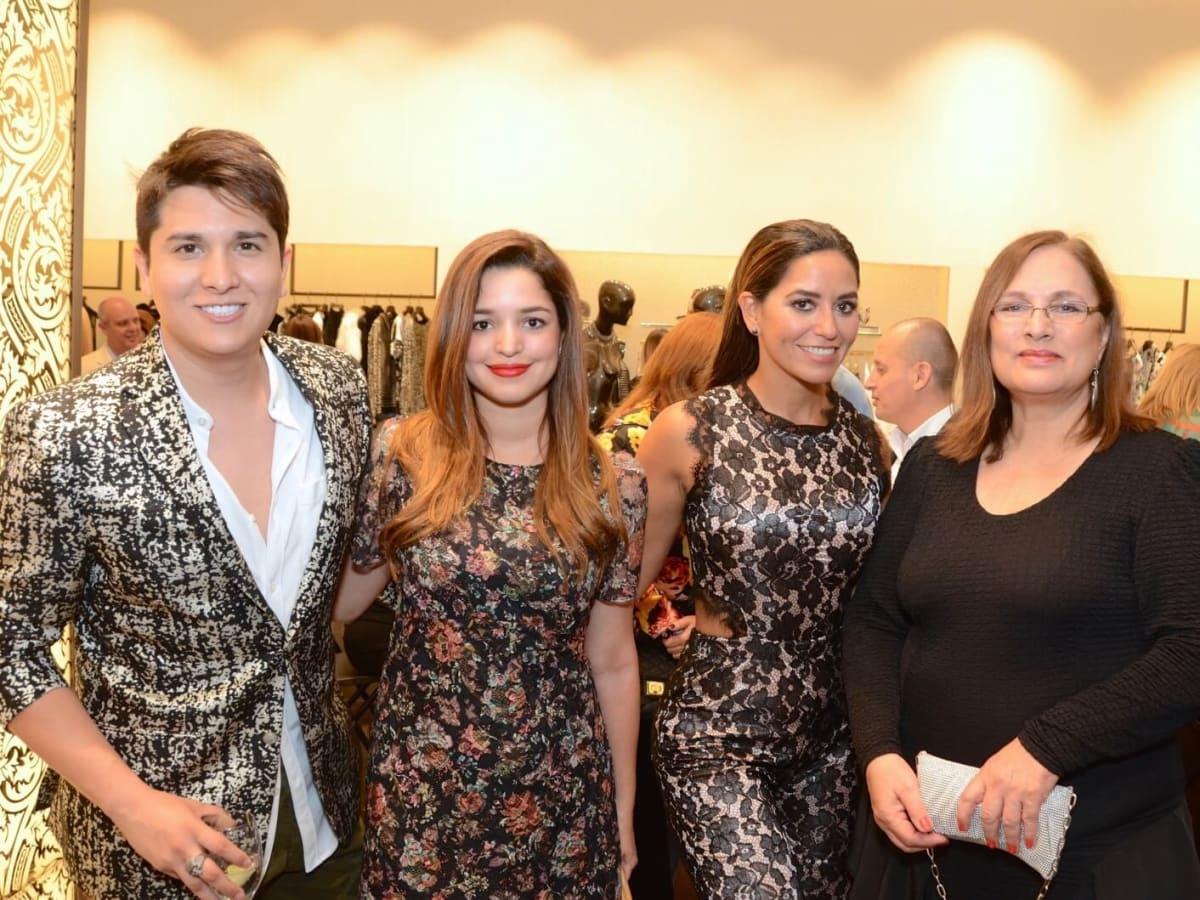 Noche de las Americas kick-off, Aug. 2016, Angel Woolsey, Vanessa Guzman, Adriana Calhoon,  Lea Brown
