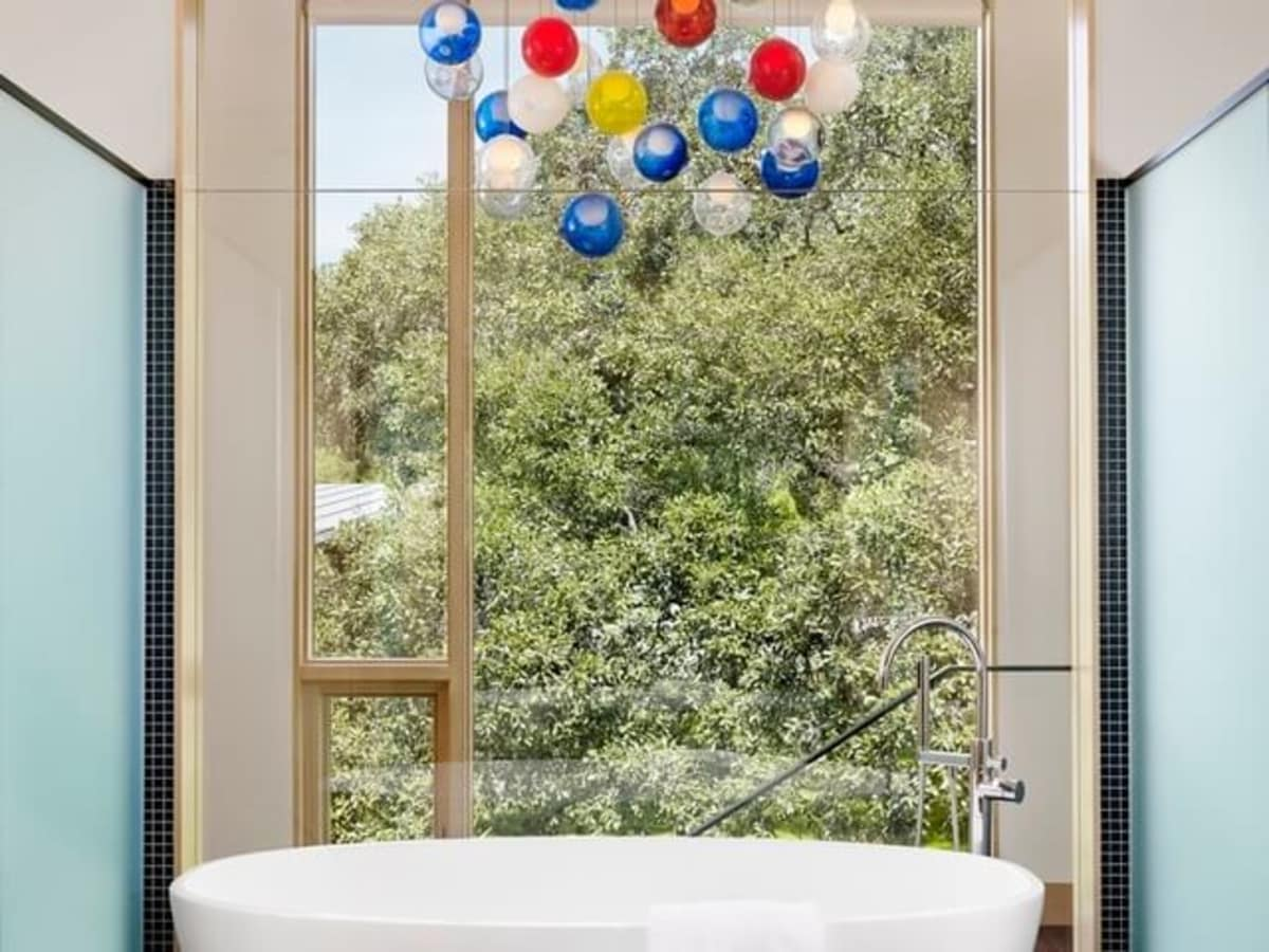 Austin house home Houzz modern Lake Austin bathroom tub