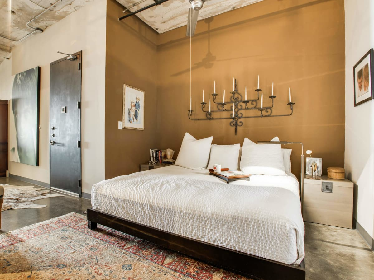 Bedroom at 1122 Jackson St. in Dallas