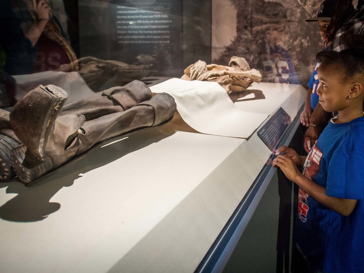 Mummies of the World at HMNS