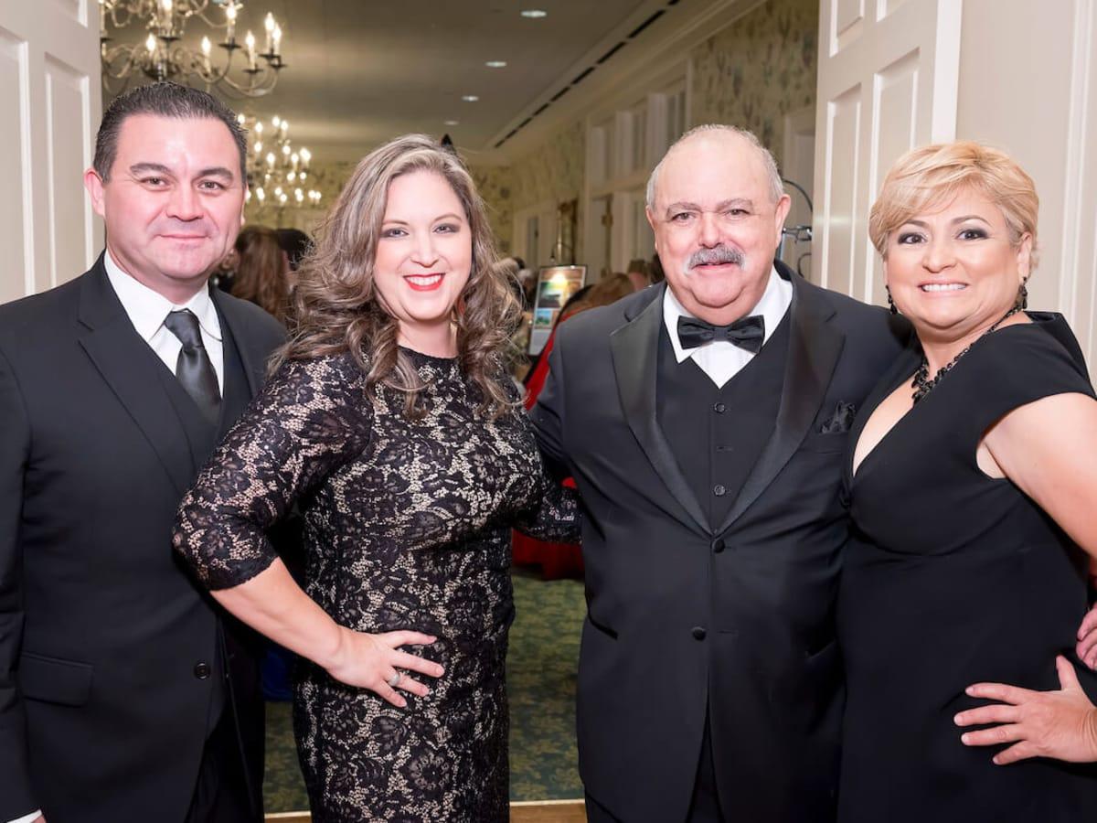 Houston, Gala Noche de las Americas, Oct. 2016, Jose Luis Rodriguez, Maria Parada, Dr. Marco Calderon, Yesenia Surto