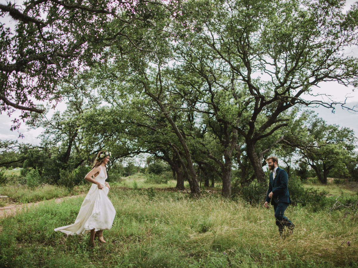 Hill Country wedding Prospect House first look
