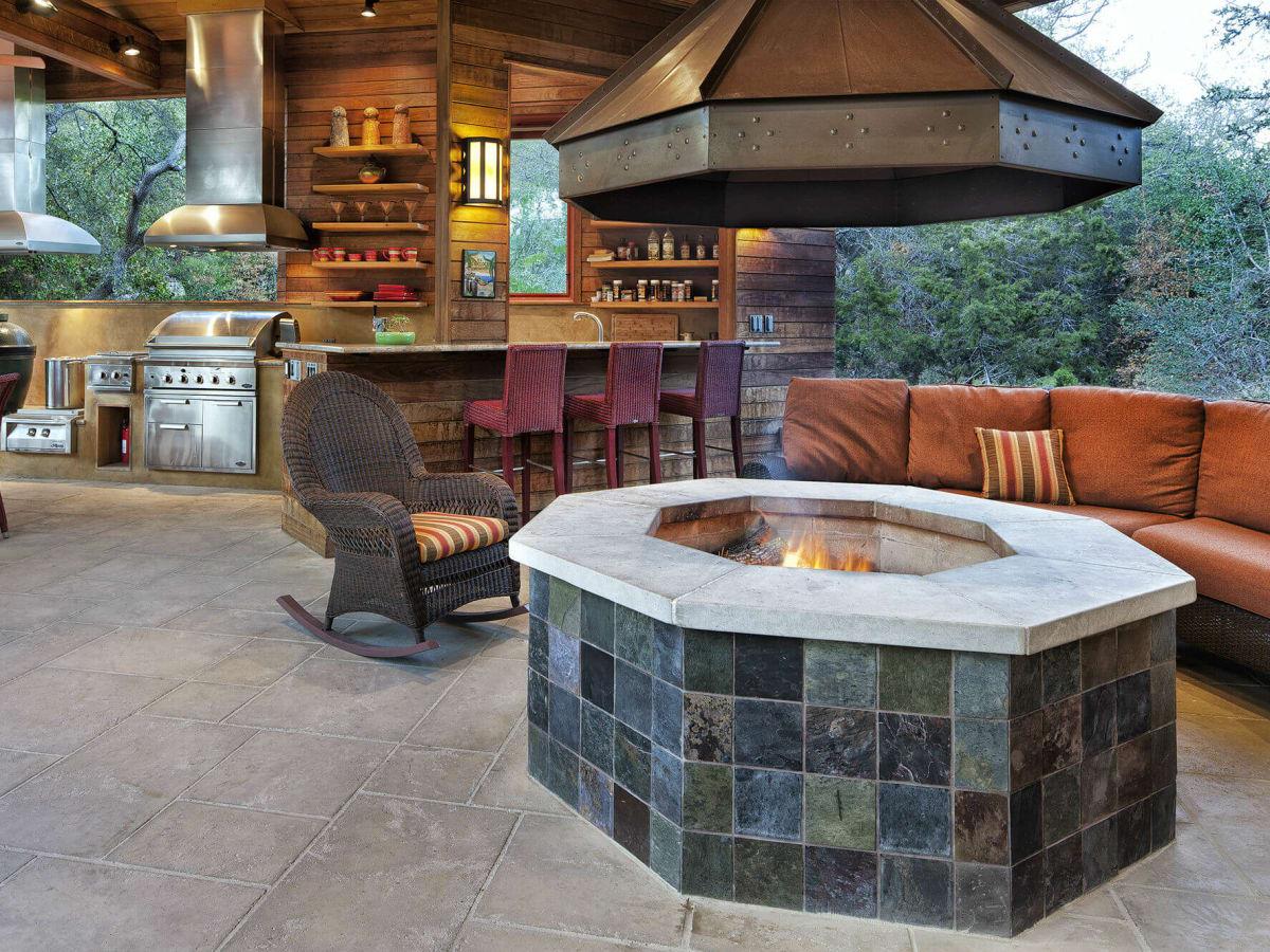 Fire pit backyard home