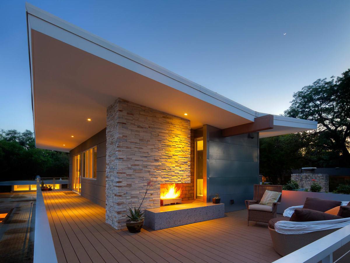 Rollingwood Austin home modern exterior