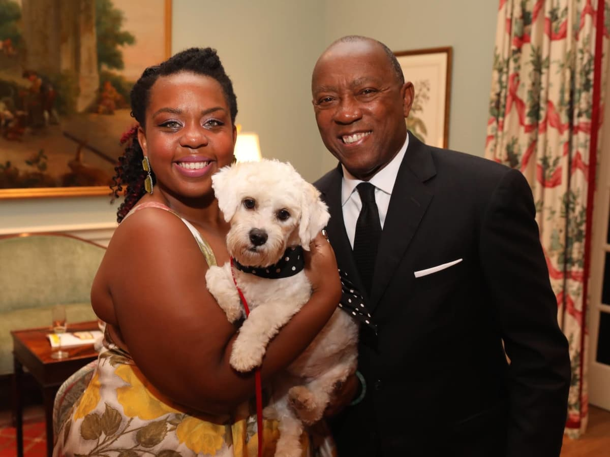 Ashley Turner, Mayor Sylvester Turner and Little Orphan Annie at BARC Gala