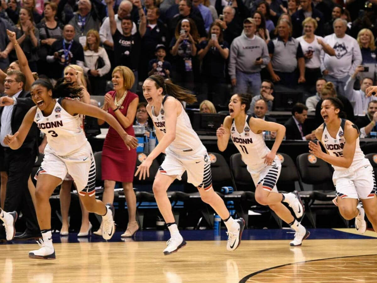 2016 UConn women's basketball team