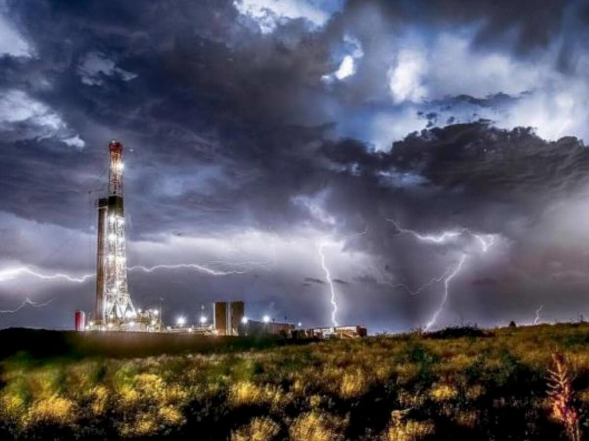Milan Gallery presents Bob Callender: Oil & Gas Industry Fine Art Photography