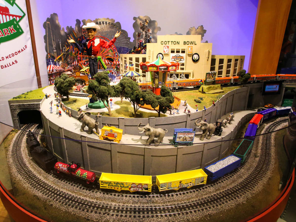 The Trains at NorthPark 2015