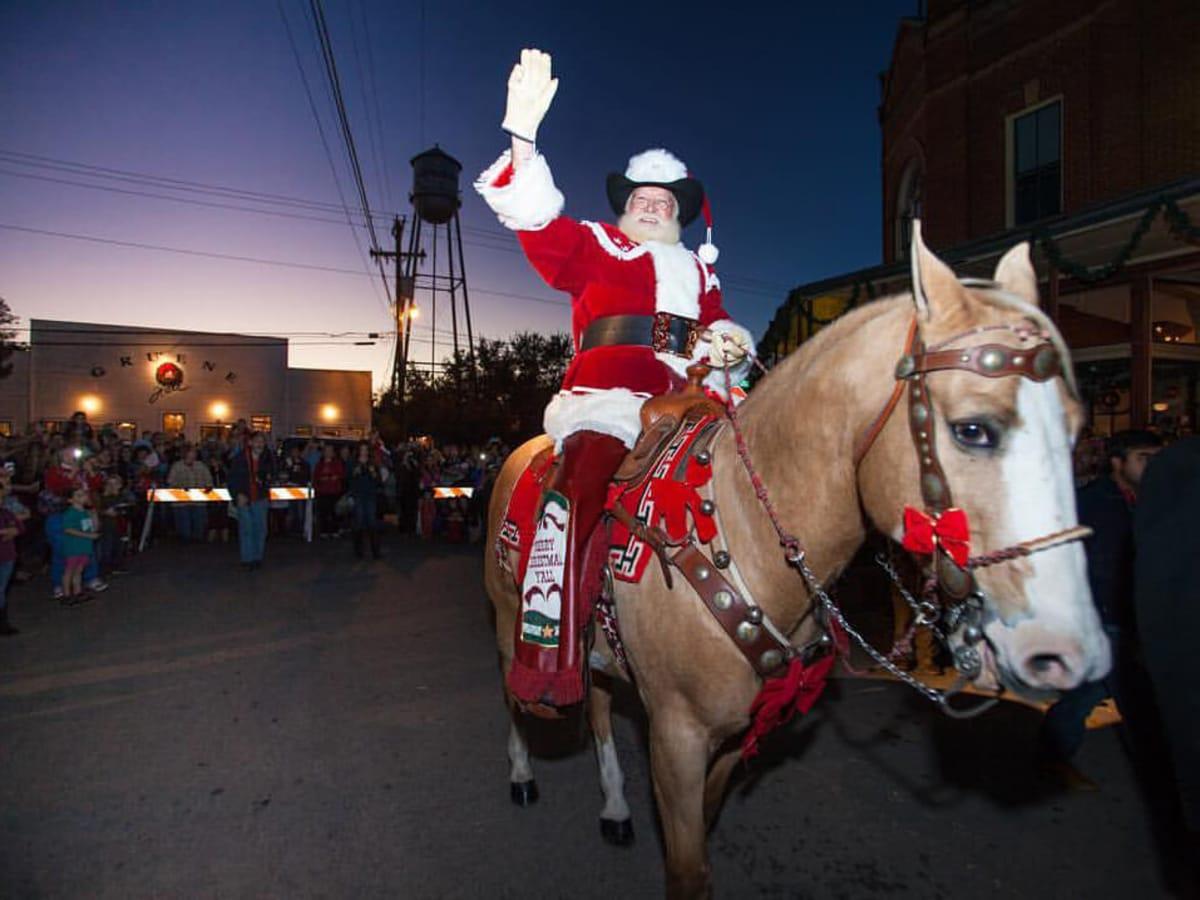 Gruene Gruene Historic District Christmas Sant Clause