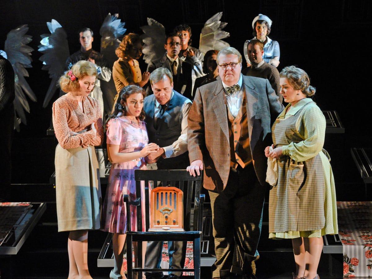 Houston Grand Opera It's A Wonderful Life, Andrea Carroll, William Burden, Dean Griffey, Talise Trevigne, Frankie Hickman, HGO Chorus