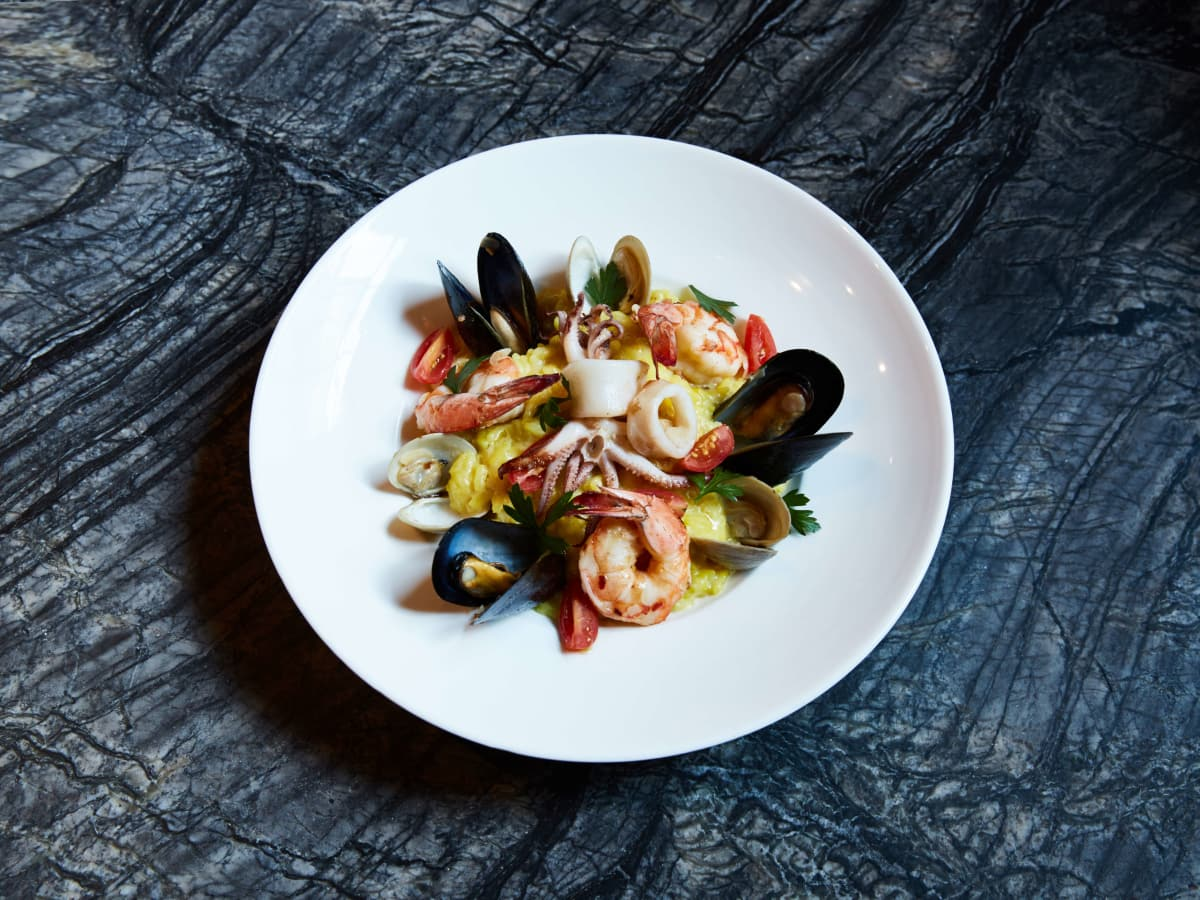 Taverna restaurant risotto al fruitt di mare