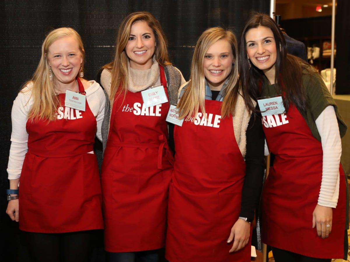 Houston, Tri Delta The Sale benefiting TCH, Jan 2017, Ann Woods, Emily Bloss, Kathleen Hoffman, Lauren Messa