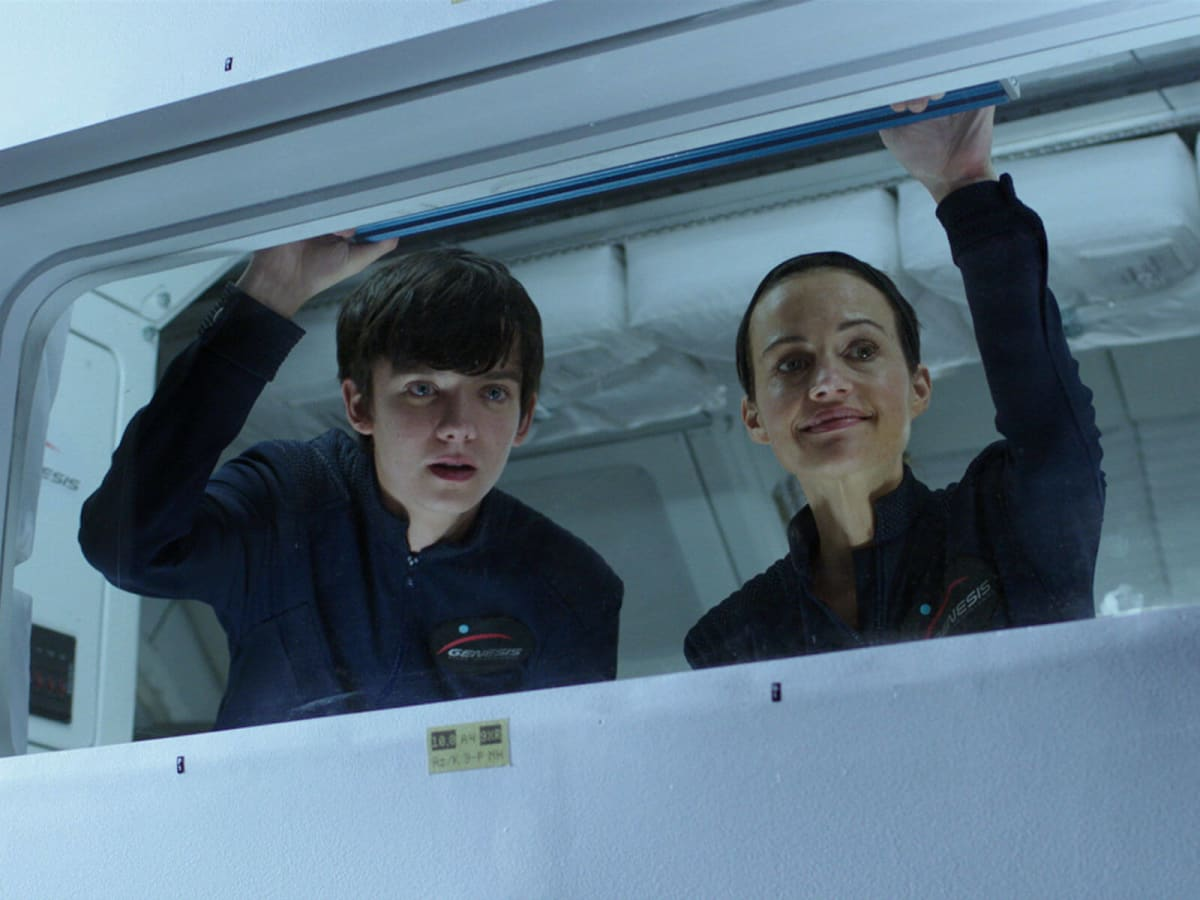 Asa Butterfield and Carla Gugino in The Space Between Us