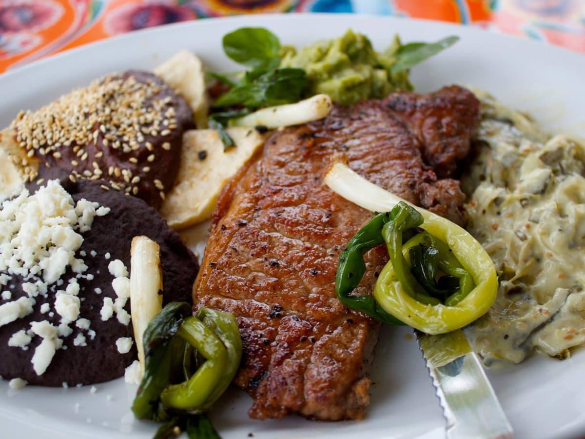 Licha's Cantina tampico steak