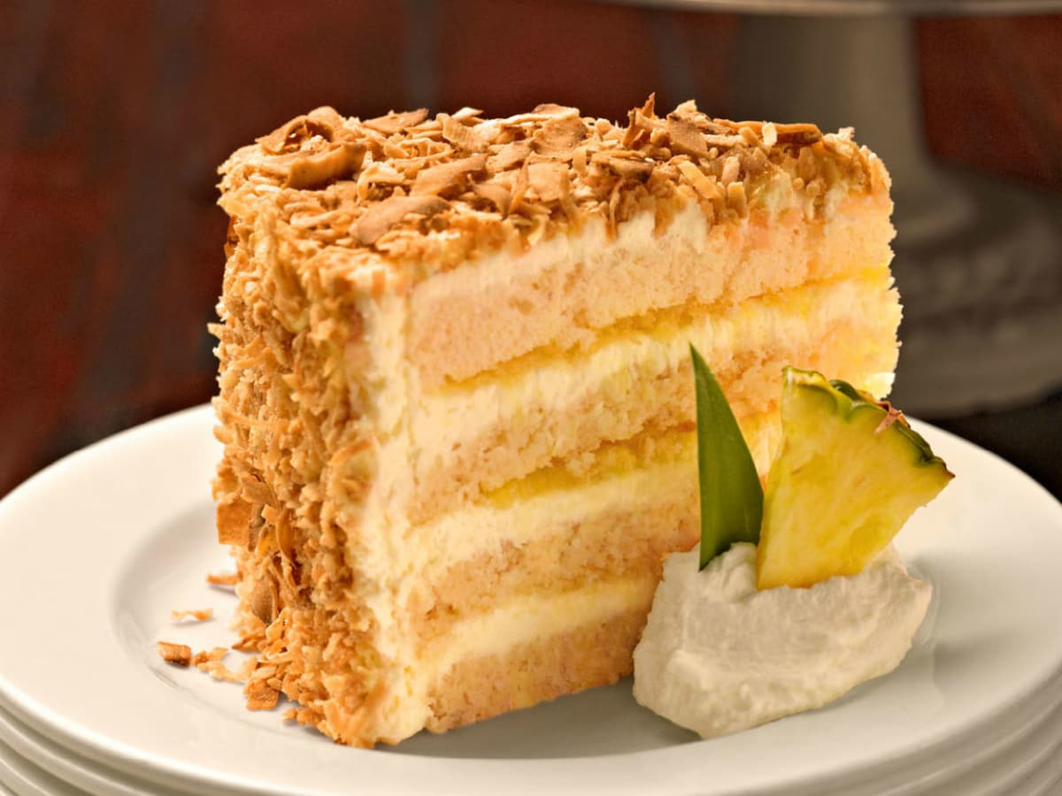 It\'s pina colada time as new Tommy Bahama restaurant sails into ...