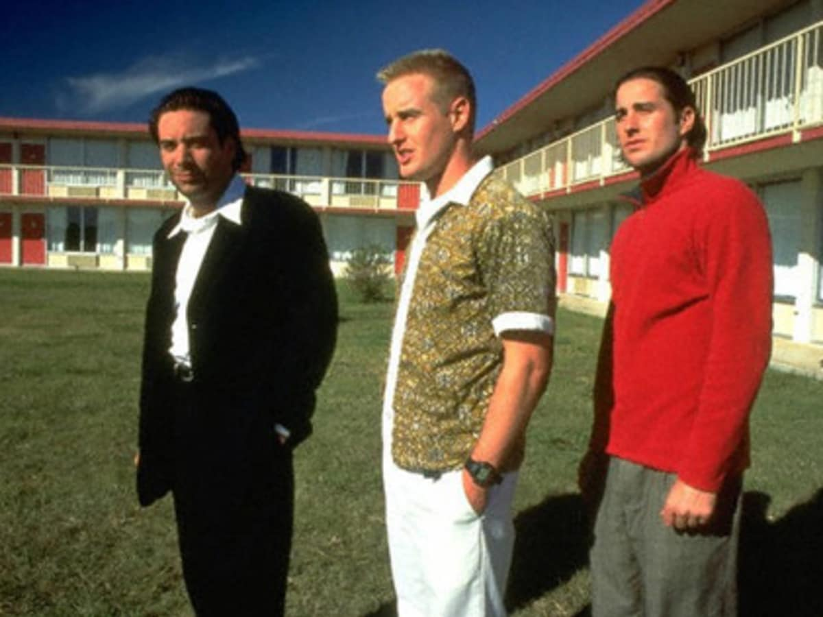 Still from Wes Anderson's Bottle Rocket with Luke and Owen Wilson at Day's Inn for Rolling Roadshow