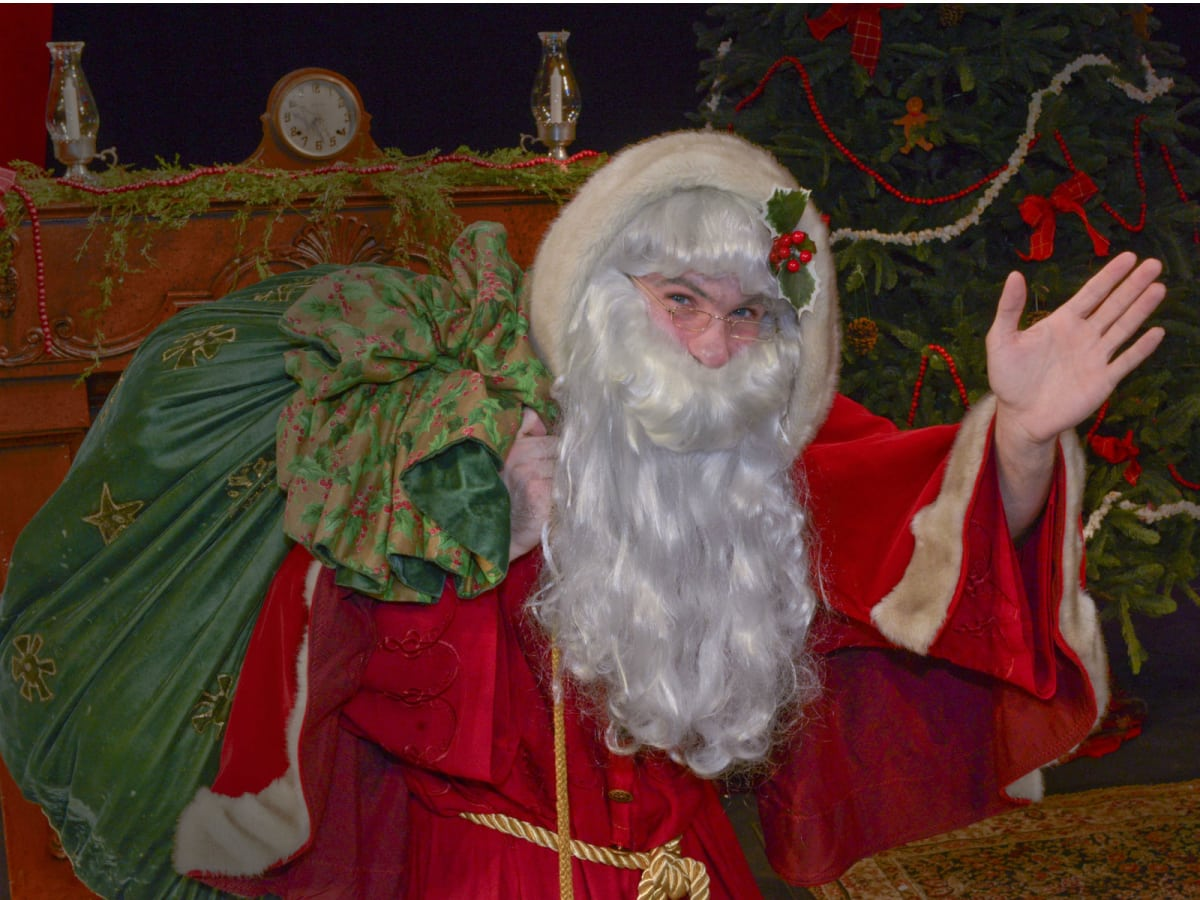 Dallas Children's Theater presents Twas the Night Before Christmas
