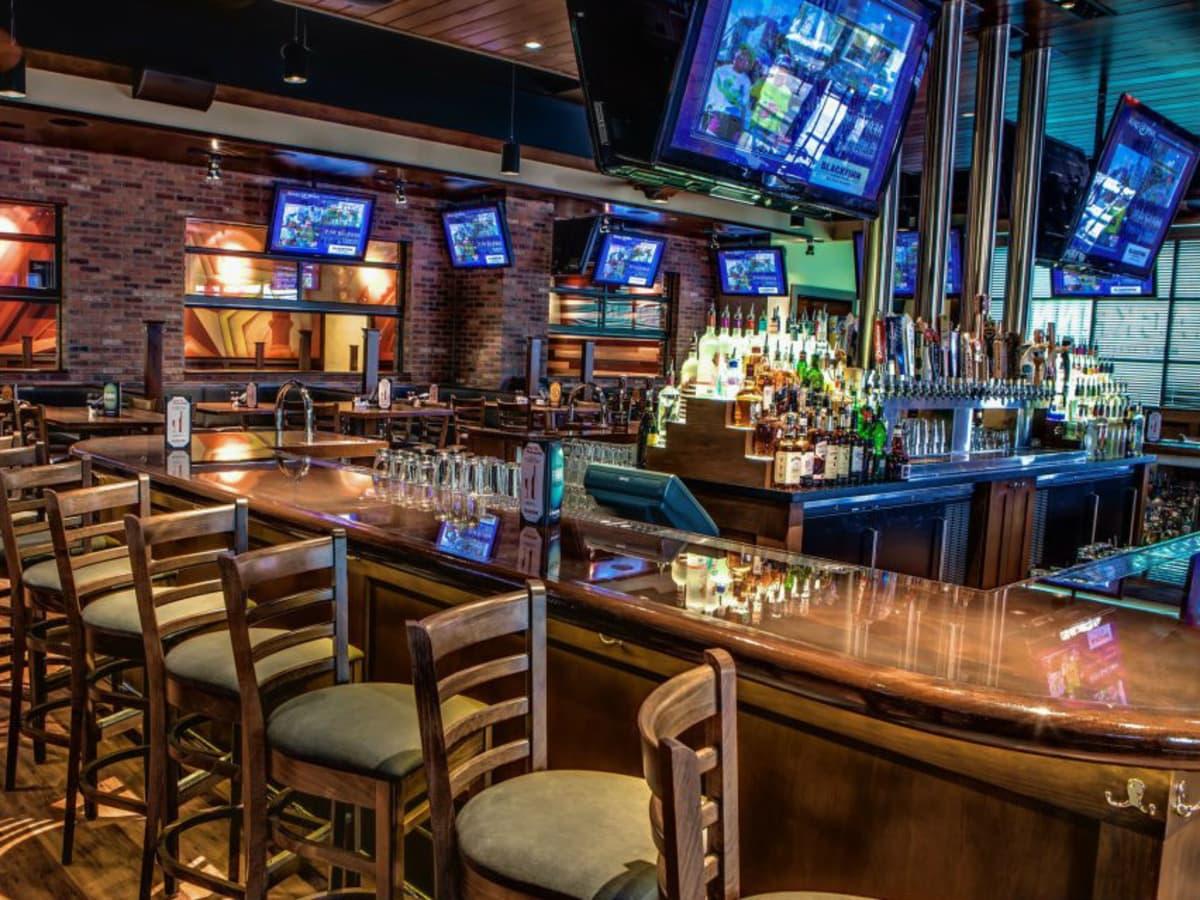 Blackfinn Ameripub austin sports bar interior