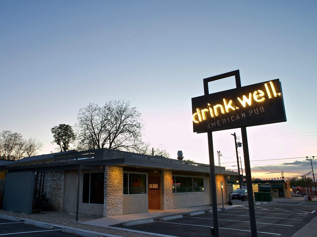 Austin Photo: Restaurants: Drink Well