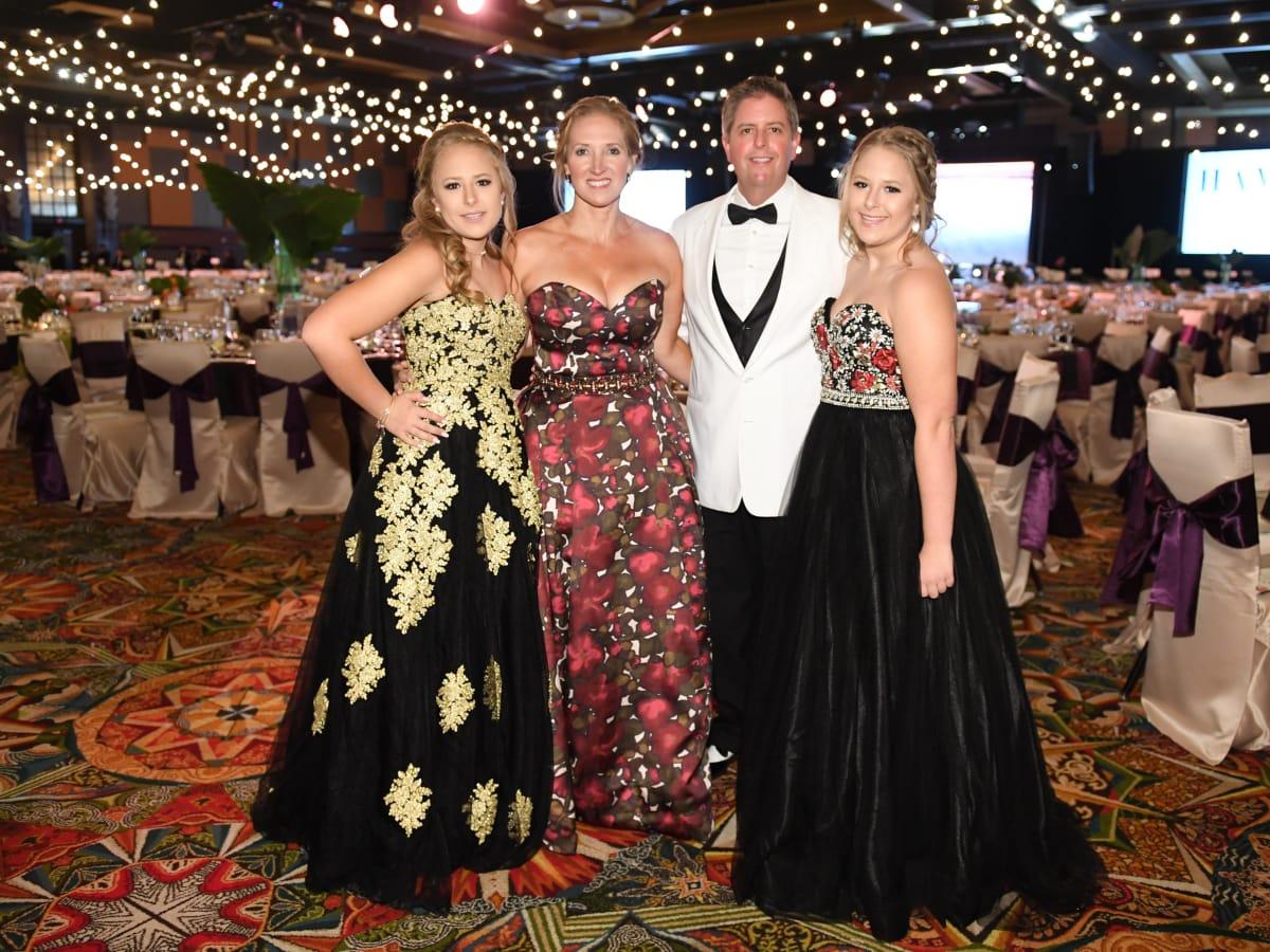 Houston, JDRF Promise Ball Havana Nights, May 2017, Jillian, Kellie, Randy and Jacquelyn Johnson