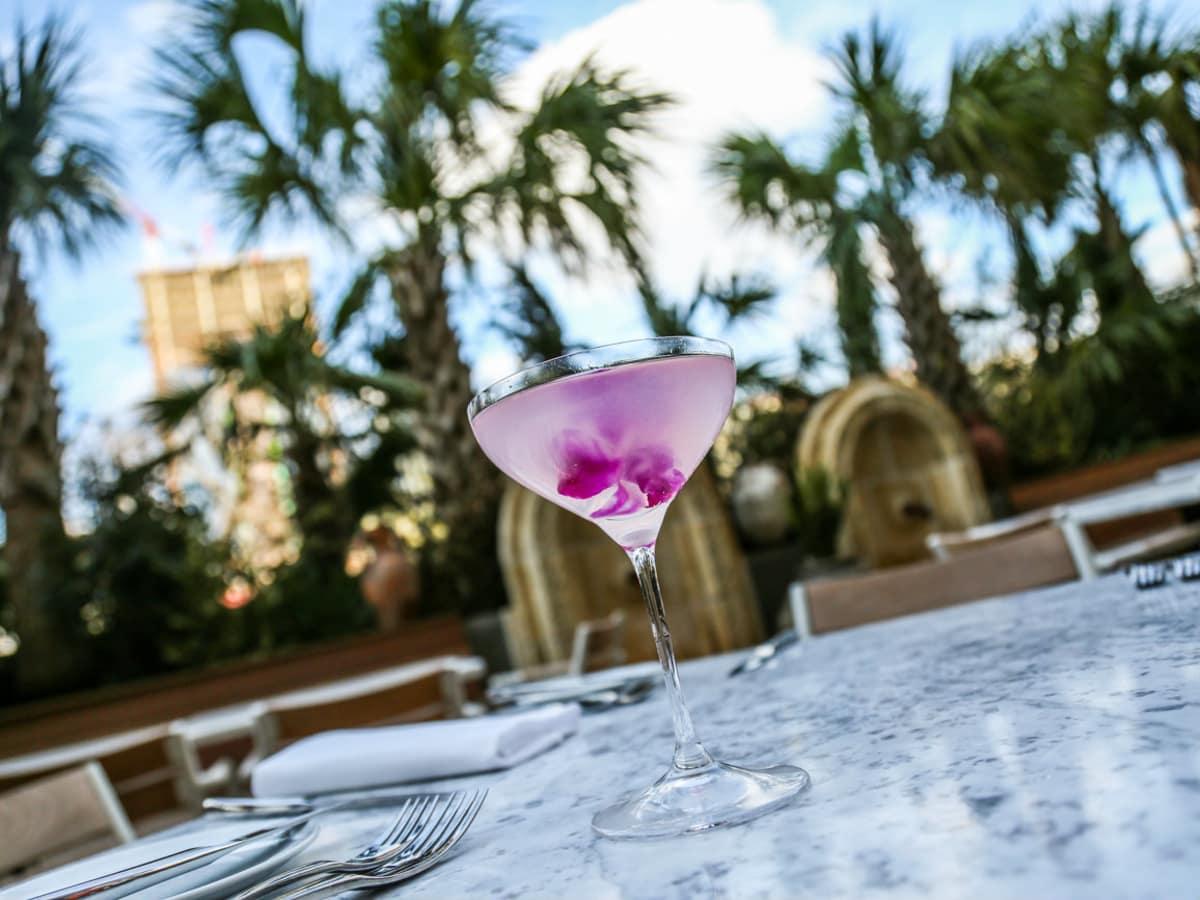 Dolce Riviera Cosmopolitan Bianco cocktail