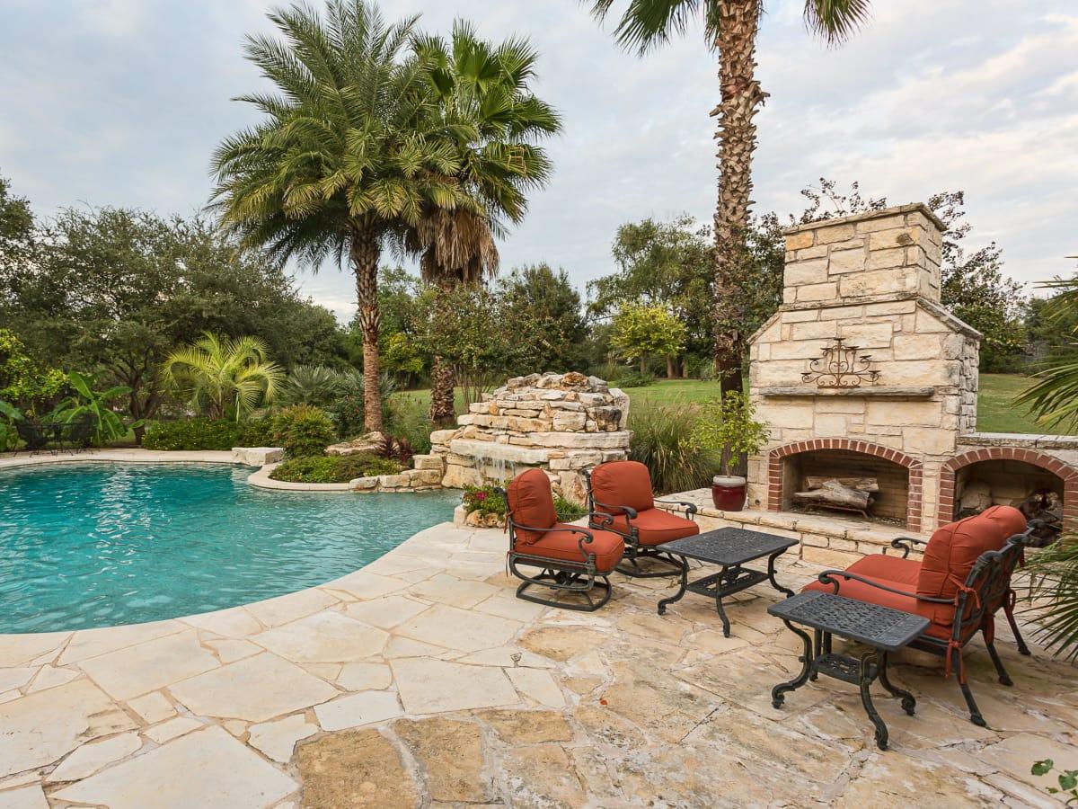 110 Bella Cima Austin house for sale pool