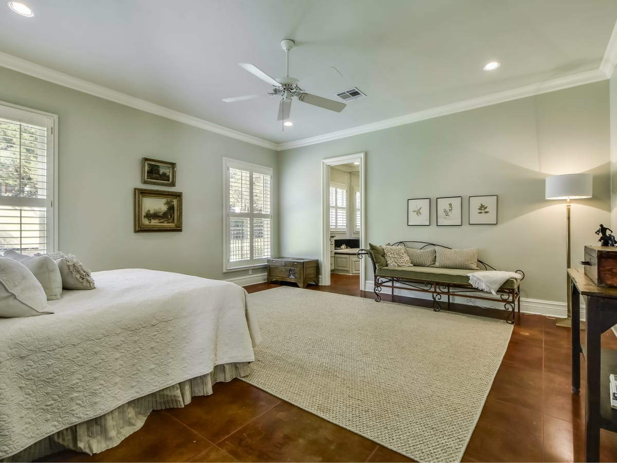 3904 Toro Canyon Rd Austin house for sale master bedroom