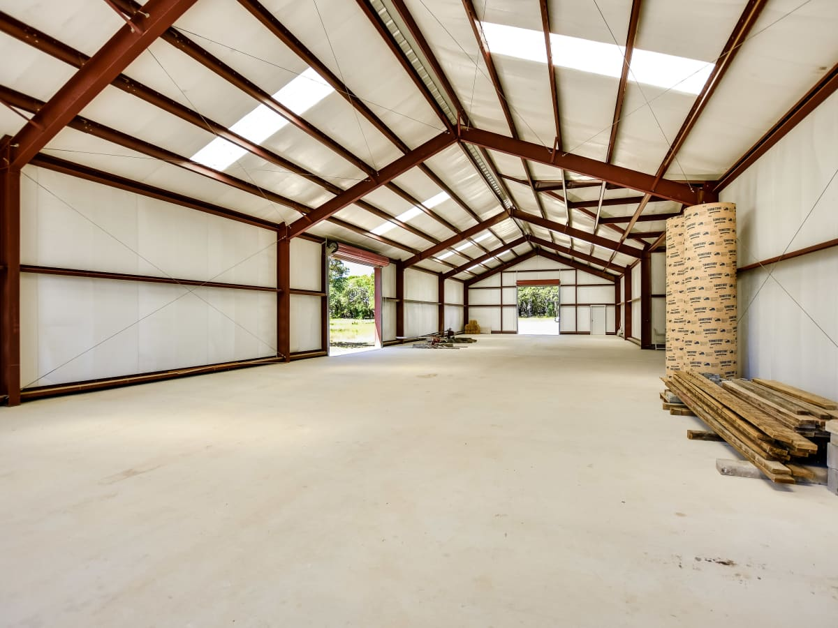 201 Greystone Ranch Bertram house for sale barn