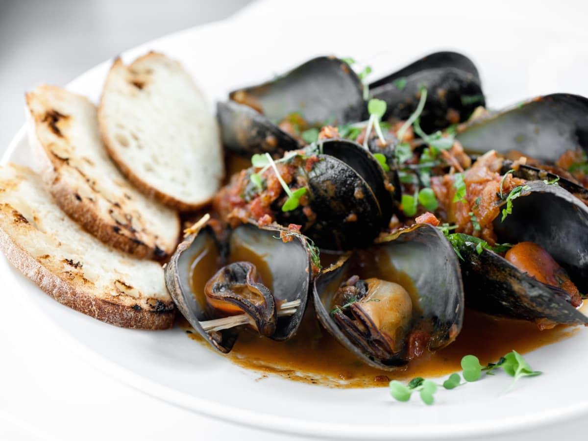 Peska Thanksgiving mussels