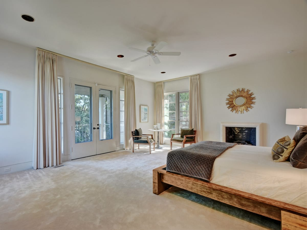 2518 El Greco Cove Austin house for sale master bedroom